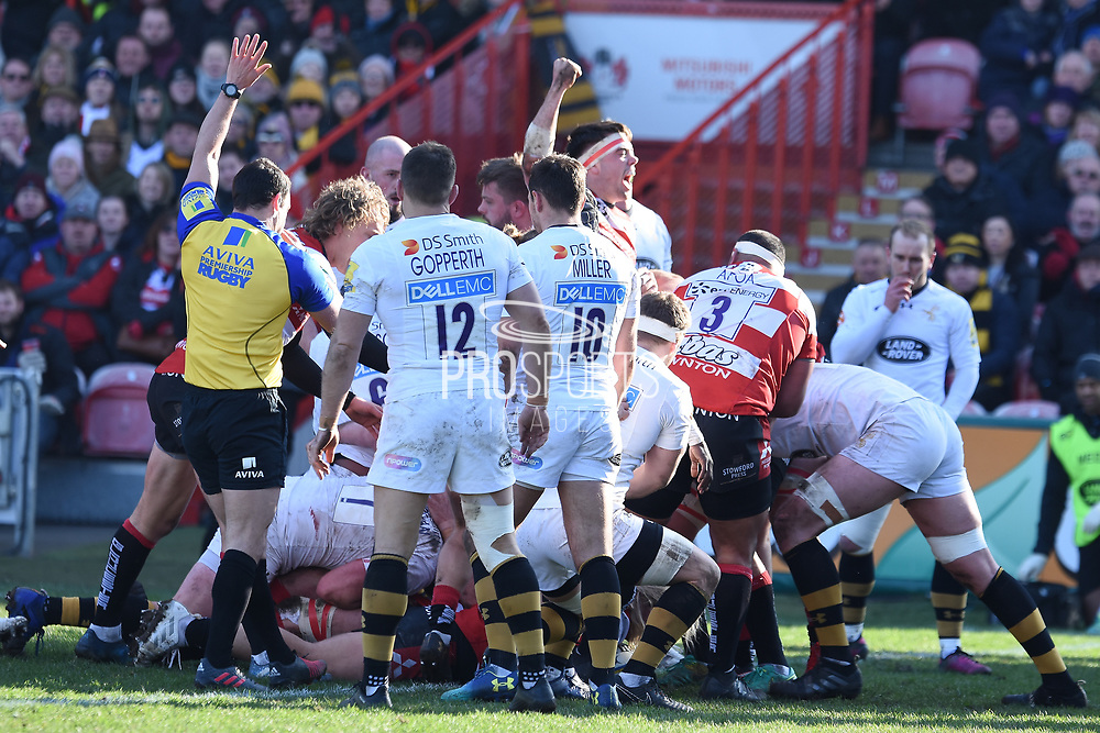Gloucester score a try during the Aviva Premiership match between Gloucester Rugby and Wasps at the Kingsholm Stadium, Gloucester, United Kingdom on 24 February 2018. Picture by Alan Franklin.