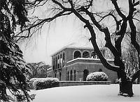 Alms Park Cincinnati Ohio Columbia Tusculum Winter