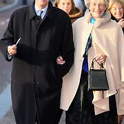 NLD/Amsterdam/20080201 - Verjaardagsfeest Koninging Beatrix en prinses Margriet, Laurens Jan Brinkhorst en partnerJantien Heringa