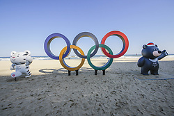 October 30, 2017 - Pyeongchang, Gangwon, South Korea - Oct 30, 2017-Pyeongchang, South Korea-The Olympic Rings being placed at the Gyeongpodae beach, near the venue for the Speed Skating, Figure Skating and Ice Hockey ahead of the PyeongChang 2018 Winter Olympic Games on October 30, 2017 in Gangneung, South Korea. (Credit Image: © Ryu Seung Il via ZUMA Wire)
