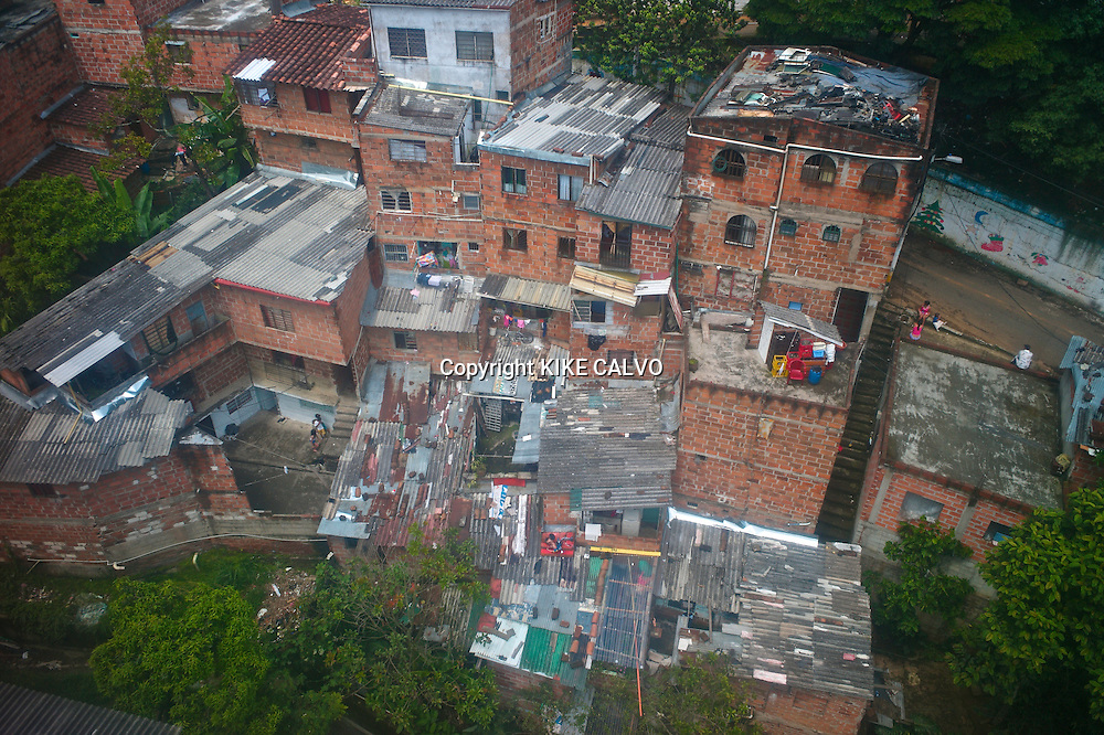 Hillside community of Santo Domingo in Medelli?n, also known as Comunas.