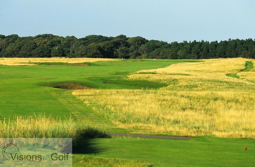 The 5th<br /> The Honourable Company of Ediinburgh Golfers, Muirfield GC, Scotland, Uk, <br /> Photo Credit: Mark Newcombe / visionsingolf.com
