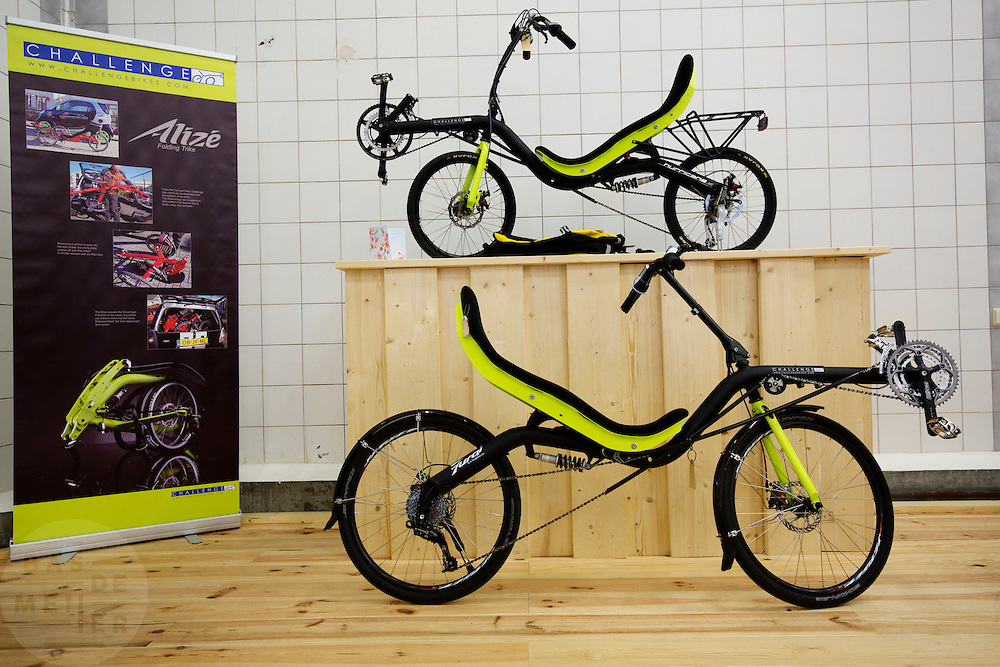 In Nijmegen is in het oude Honig complex het Fietscentrum Nijmegen (FCN) gevestigd.  Het FCN biedt onderdak aan onder andere Elan ligfietsen, fixie- en designfietsenwinkel Stipbike, een racefietswinkel en fietsverhuur Mastworp. Het FCN wil de fiets als een breed inzetbaar en duurzaam vervoermiddel laten zien. Je moet er niet alleen terecht kunnen voor de modernste en mooi vormgegeven fietsen, het centrum moet ook een ontmoetingsplaats worden voor de fietsliefhebber en platform zijn voor de verdere ontwikkeling van de fiets.<br /> <br /> In Nijmegen in the old Honig complex the Bike Centre Nijmegen (Fiets centrum Nijmegen FCN) is located. The FCN hosts amongst others Elan recumbent bikes, fixie and design bike shop Stipbike, a road bike shop and bike rental service Mastworp. The FCN wants to show the bicycle as a versatile and sustainable transport medium. The center not only gives visitors a chance to see the modern and well-designed bicycles, it should be a meeting place for the bike enthusiast and platform for the further development of the bicycle.