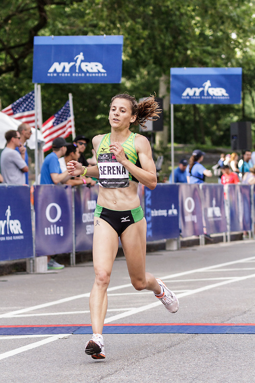 NYRR Oakley Mini 10K for Women: Serena Burla, USA, Mizuno