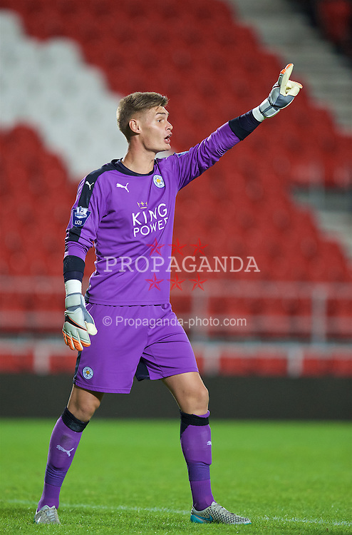 ST HELENS, ENGLAND - Monday, September 28, 2015: Leicester City's goalkeeper John Maddison in action against Liverpool during the Under 21 FA Premier League match at Langtree Park. (Pic by David Rawcliffe/Propaganda)
