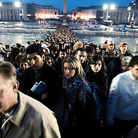 Vatican, 04 April 2005 <br /> Millions of mourners walk to St. Peter's Basilica to pay respect to Pope John Paul II.<br /> Photo: Ezequiel Scagnetti