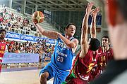 DESCRIZIONE : Trento Torneo Internazionale Maschile Trentino Cup Italia Portogallo Italy Portugal<br /> GIOCATORE : Valerio Amoroso<br /> SQUADRA : Italia Italy<br /> EVENTO : Raduno Collegiale Nazionale Maschile <br /> GARA : Italia Portogallo Italy Portugal<br /> DATA : 27/07/2009 <br /> CATEGORIA : tiro<br /> SPORT : Pallacanestro <br /> AUTORE : Agenzia Ciamillo-Castoria/E.Castoria<br /> Galleria : Fip Nazionali 2009 <br /> Fotonotizia : Trento Torneo Internazionale Maschile Trentino Cup Italia Portogallo Italy Portugal<br /> Predefinita :