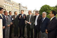 12 MAY 2003, BERLIN/GERMANY:<br /> Jorge Eduardo Navarrete (4th Person form the left), Ambassador of Mexico in Germany, Senator Enrique Jackson (5th Person form the left), President of the Senat of Mexico, meets Norbert Lammert (6th Person form the left), Vicepresident of the German Bundestag, and the mexican delegation, Reichstagsgebaeude<br /> IMAGE: 20030512-03-006