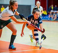 AMSTERDAM  - Fay van der Elst (hdm)  tijdens het starttoernooi zaalhockey in Sporthallen Zuid.    COPYRIGHT KOEN SUYK