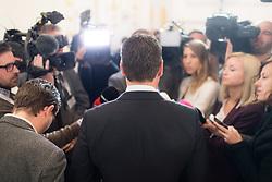 """11.04.2019, Bundeskanzleramt, Wien, AUT, Bundesregierung, Pressekonferenz zum Thema """"Ausbau der schulischen Tagesbetreuung"""", im Bild Vizekanzler Heinz-Christian Strache (FPÖ) // Austrian Vice Chancellor Heinz-Christian Strache during media conference at federal chancellors office in Vienna, Austria on 2019/04/11 EXPA Pictures © 2019, PhotoCredit: EXPA/ Michael Gruber"""