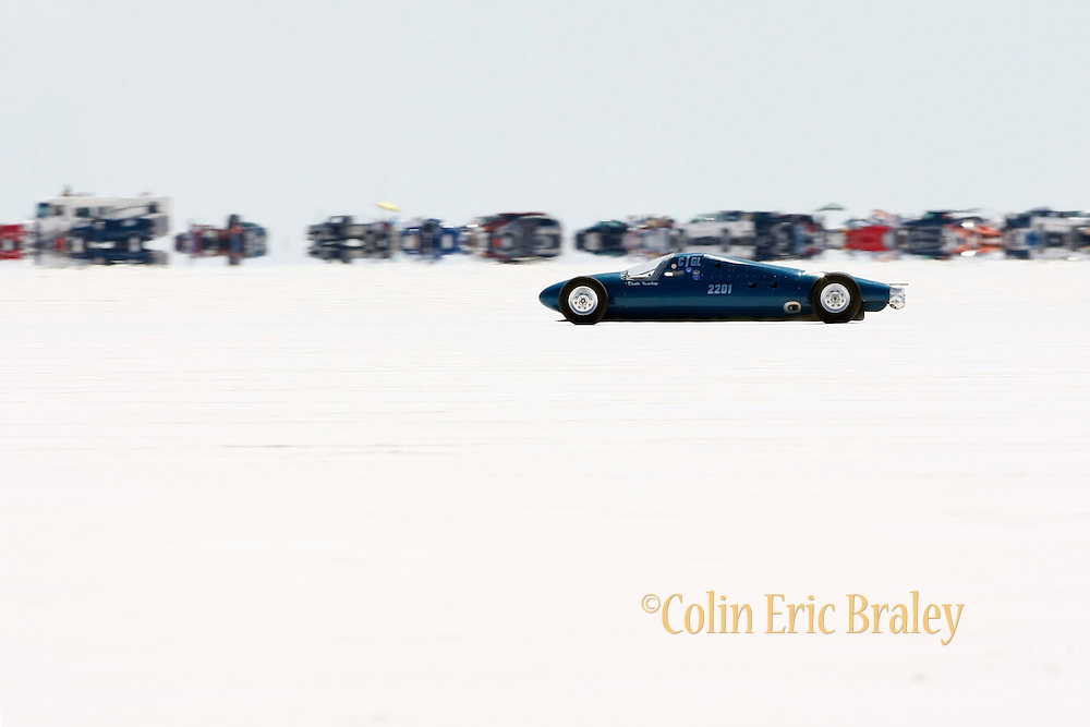 The best cars-people-atmosphere-photos of 2009 Bonneville Speed Week-  The Tradup Lakester, driven by David Tradup of Eyota, Minnesota makes a run down the long track at the Bonneville Speed Way. August 9, 2009.  Photo by Colin E. Braley