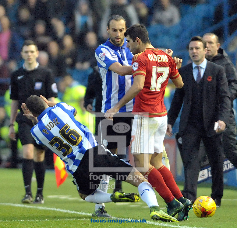 Daniel Pudil of Sheffield Wednesday appears to be head butted by Nelson Oliveira of Nottingham Forest during the Sky Bet Championship match at Hillsborough, Sheffield<br /> Picture by Graham Crowther/Focus Images Ltd +44 7763 140036<br /> 31/10/2015