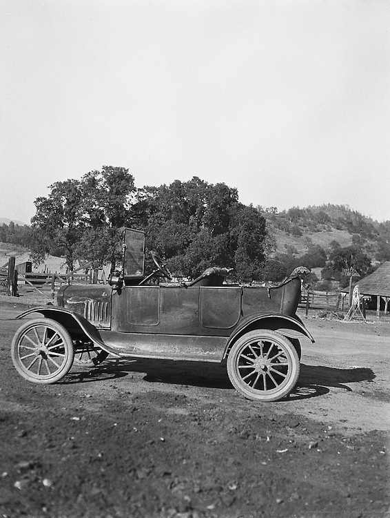 Car, California, 1926