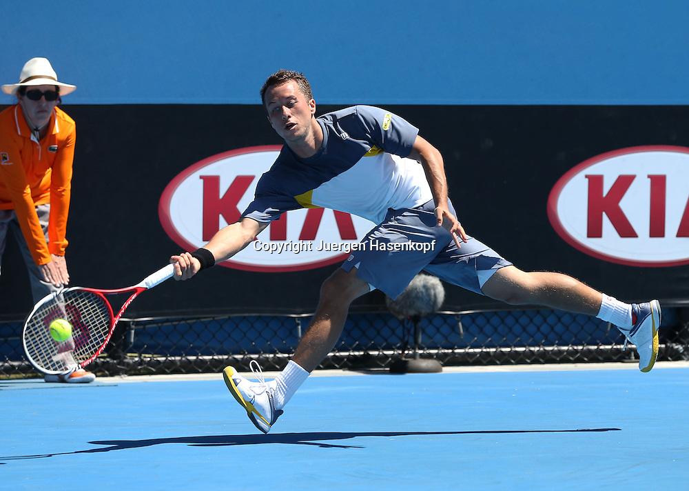 Australian Open 2013, Melbourne Park,ITF Grand Slam Tennis Tournament,.Philipp Kohlschreiber (GER),Aktion,Einzelbild,Ganzkoerper,Querformat, .