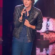 NLD/Hilversum/20130706 - Finale X-Factor 2013, optreden Adriaan Persons