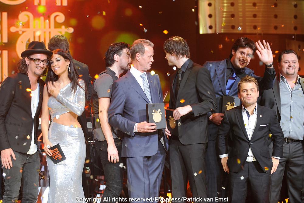 Buma Harpen Gala 2011 AWARDS vanuit de Vredenburg Leidsche Rijn , Utrecht.<br /> <br /> Op de foto:  Alle Winnaars / final moment