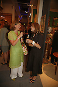 Nicola Ball-Moody and Elizabeth Yeats-Brown, New Collectors Evening. The Grosvenor House Art and Antiques Fair. 20 June 2006. ONE TIME USE ONLY - DO NOT ARCHIVE  © Copyright Photograph by Dafydd Jones 66 Stockwell Park Rd. London SW9 0DA Tel 020 7733 0108 www.dafjones.com