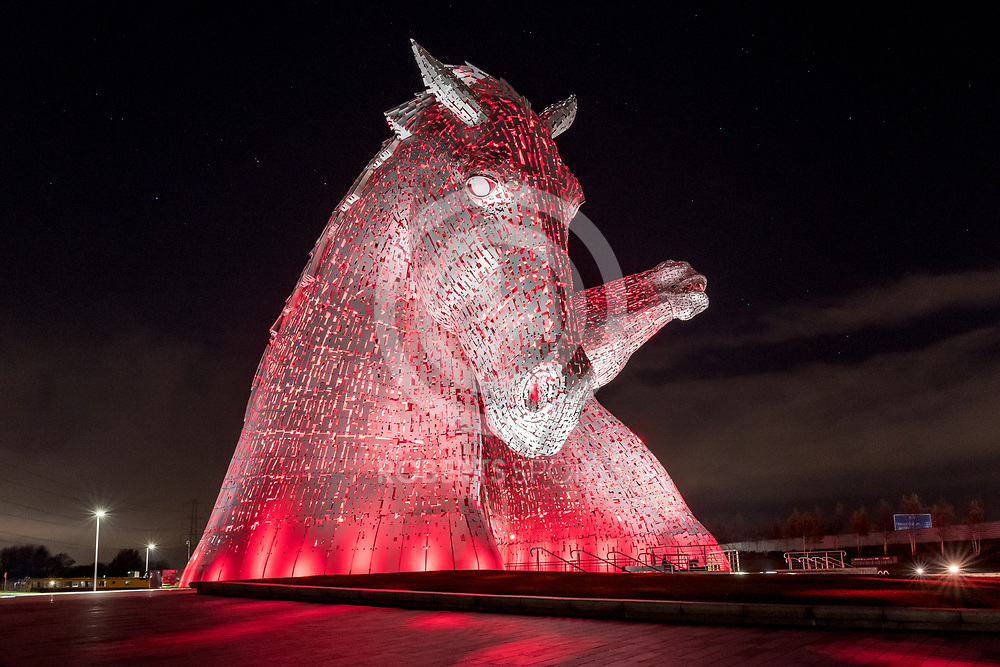 Images from the 2017 Supernova 5k, 10 November 2017 at The Kelpies, Falkirk. Photo: Paul J Roberts   RobertsSports Photo. All Rights Reserved