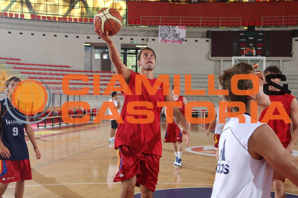 DESCRIZIONE : Roma Lega A 2009-10 Basket Lottomatica Virtus Roma  Allenamento<br /> GIOCATORE : Jacopo Giachetti<br /> SQUADRA : Lottomatica Virtus Roma<br /> EVENTO : Campionato Lega A 2009-2010 <br /> GARA : <br /> DATA : 29/08/2009<br /> CATEGORIA : Allenamento<br /> SPORT : Pallacanestro <br /> AUTORE : Agenzia Ciamillo-Castoria/G.Ciamillo