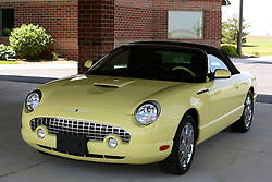 12 May 2007: 2002 yellow Ford Thunderbird