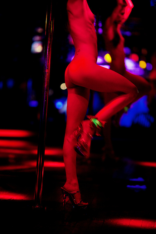 A dancer on the stage at the world famous Mons Venus strip club in Tampa, Florida on Thursday, May 27, 2009.