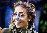 HUIZEN - hoofdklasse competitie dames, Huizen-Groningen . Captain Eva den Hartog (Huizen) bleef met een gebroken neus aan de kant.  COPYRIGHT KOEN SUYK