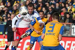 Football: Germany, 1. Bundesliga, Braunschweig, 15.02.2014<br />Rafael van der Vaart (Hamburger SV) Ermin Bicakcic (Eintracht Braunschweig)<br /> copyright: pixathlon