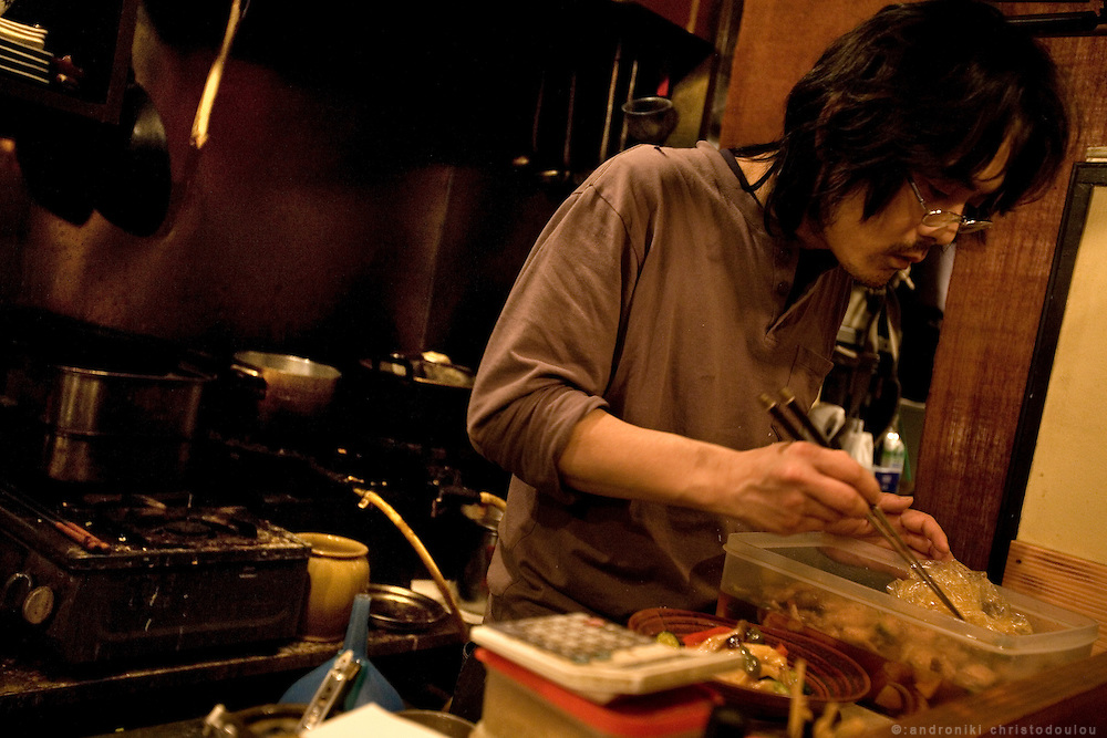 """Izakaya """"Hiro"""" is under the train rails in Nakameguro. Izakaya """"Hiro"""" is under the train rails in Nakameguro. Takahashi (37) is the sheff and also runs the izakaya for three years. He is very popular and he has even been portrayed in a manga drown by a customer"""
