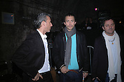 Patrick Cox, Dan Macmillan and Nellee Hooper, De Beers, Talisman launch party. The Shunt Vaults, 20 Stainer Street, London, SE1, 28  November 2005. ONE TIME USE ONLY - DO NOT ARCHIVE  © Copyright Photograph by Dafydd Jones 66 Stockwell Park Rd. London SW9 0DA Tel 020 7733 0108 www.dafjones.com