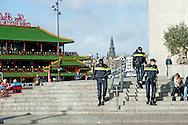 "30-3-2016 AMSTERDAM - Queen Maxima is Wednesday, March 30th, 2016 attended the symposium ""Music Education we do together 'at the Amsterdam Conservatory. During the symposium, the central question is how the class teacher and the teacher of music can combine to good music education in primary school. COPYRIGHT ROBIN UTRECHT 30-3-2016 AMSTERDAM - Koningin Maxima is woensdag 30 maart 2016 aanwezig bij het symposium 'Muziekeducatie doen we samen' in het Conservatorium van Amsterdam. Tijdens het symposium staat de vraag centraal hoe de groepsleerkracht en de vakdocent muziek samen kunnen zorgen voor goed muziekonderwijs op de basisschool. COPYRIGHT ROBIN UTRECHT"