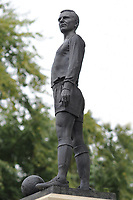 Football - 2016 /2017 Championship - Fulham vs Queens Park Rangers<br /> <br /> The Unvailing of the George Cohen Statue at Craven Cottage<br /> It replaces the statue of Pop Singer Michael Jackson<br /> <br /> Credit : Colorsport / Andrew Cowie