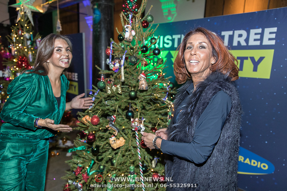 NLD/Amsterdam/20191206 - Sky Radio's Christmas Tree For Charity 2019, Rossana Kluivert en Rachel Hazes
