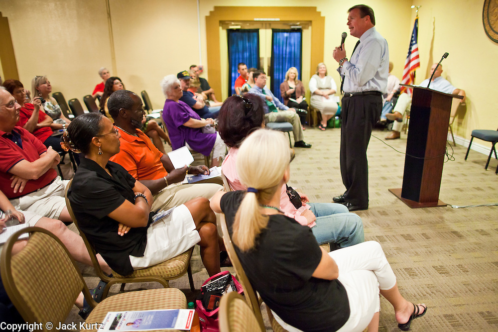 July 14 - PEORIA, AZ: JD HAYWORTH, a former US Congressman from Arizona, speaks to a Tea Party meeting in Peoria, AZ. Hayworth spoke to the Tea Party gathering in a hotel meeting room in Peoria. Hayworth, an ultra conservative, is running to the right of long serving US Sen John McCain in the Arizona Republican US Senate primary. He has painted McCain as a moderate to liberal Senator in the mold John Kerry (D-MA).          Photo by Jack Kurtz