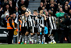 Newcastle United celebrate Ayoze Perez of Newcastle United scoring a goal - Mandatory by-line: Robbie Stephenson/JMP - 24/04/2017 - FOOTBALL - St James Park - Newcastle upon Tyne, England - Newcastle United v Preston North End - Sky Bet Championship
