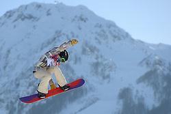 08-02-2014 SNOWBOARDEN: OLYMPIC GAMES: SOTSJI<br /> Jamie Anderson USA op het onderdeel slopestyle. <br /> ©2014-FotoHoogendoorn.nl<br />  / Sportida