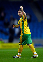 Photo: Jed Wee/Sportsbeat Images.<br /> Manchester City v Norwich City. Carling Cup. 25/09/2007.<br /> <br /> Norwich's Jamie Cureton gives the thumbs up to travelling supporters.