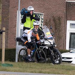 05-03-2016: Wielrennen: Ster van Zwolle: Zwolle<br />ZWOLLE (NED) wielrennen:  <br />De Ster van Zwolle is traditionele opening van het Nederlandse wielerseizoen. De 56e editie van de Ster kende mede door een gebrek aan wind. Mitchell Cornelisse trok ten aanval in de buurt van Dalfsen