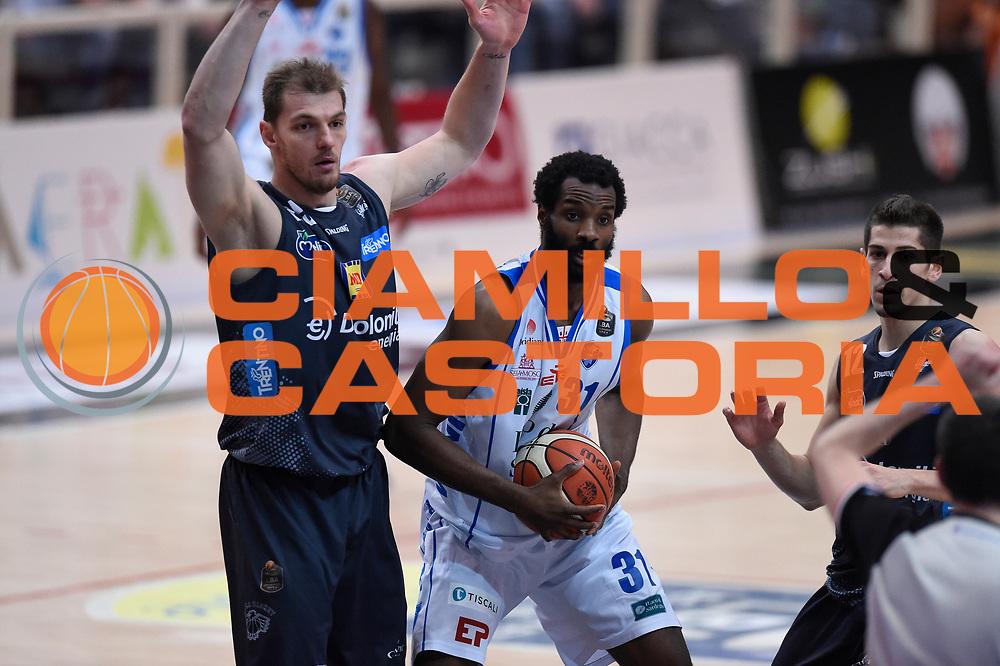 Lechthaler Luca, Lawal Gani<br /> Quarti di Finale Gara 2<br /> Legabasket A 2016,2017<br /> Trento 14,05,2017<br /> Foto Ciamillo-Castoria,GiulioCiamillo
