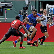 David Afamasaga scores a tough 2nd half Try through Kenya in Manu Samoa's 19-17 victory at the World Cup 7's USA, AT&T Park, San Francisco, California, USA.  Photo by Barry Markowitz, 7/22/18, 1pm