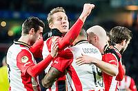 EINDHOVEN - PSV - AZ , Voetbal , Seizoen 2015/2016 , Eredivisie , Philips stadion , 29-11-2015 , PSV speler Luuk de Jong scoort de 2-0 e viert dit met zijn ploeggenoten
