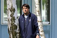 Fotball<br /> Frankrike<br /> Foto: Dppi/Digitalsport<br /> NORWAY ONLY<br /> <br /> PARIS SG - GRAILLE DISMISSAL - 03/05/2005<br /> <br /> LAURENT FOURNIER (COACH) IN CAMP DES LOGES AFTER THE DISMISSAL' S FRANCIS GRAILLE