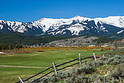 RANCH, UPPER HOBACK VALLEY; WYOMING RANGE.