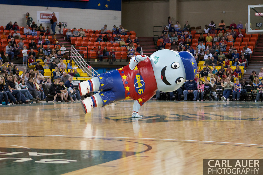 "April 30th, 2010 - Anchorage, Alaska:  Inflatable Globetrotter mascot ""Big G"" entertains the crowd at the Sullivan Arena."