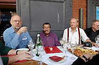 """22 AUG 2005, BERLIN/GERMANY:<br /> Juergen Flimm, Regisseur, Guenter Grass, Autor, Klaus Staeck, Grafiker, (v.L.n.R:), waehrend der Vorbesprechung zur Diskussion zum Thema """"7 Jahre rot-gruene Kulturpolitik"""", Kulturbrauerei<br /> IMAGE: 20050822-03-014<br /> KEYWORDS: Jürgen Flimm, Günter Grass"""