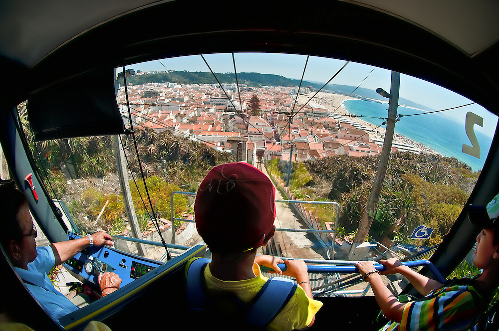 Funicular, Nazare. Extremadura, Portugal.