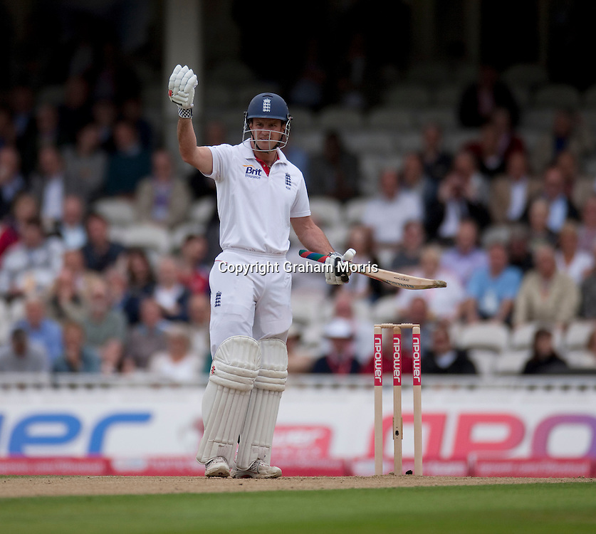 Andrew Strauss having problems with continual movement behind the bowler's arm during the fourth and final npower Test Match between England and India at the Oval, London.  Photo: Graham Morris (Tel: +44(0)20 8969 4192 Email: sales@cricketpix.com) 18/08/11