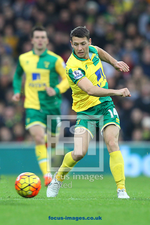 Wes Hoolahan of Norwich in action during the Barclays Premier League match at Carrow Road, Norwich<br /> Picture by Paul Chesterton/Focus Images Ltd +44 7904 640267<br /> 24/10/2015