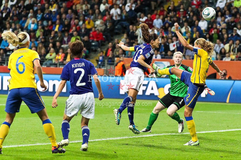 13.07.2011, Commerzbank Arena, Frankfurt, GER, FIFA Women Worldcup 2011, Halbfinale,  Japan (JPN) vs. Schweden (SWE), im Bild.Tor zum 2:1 durch Homare Sawa (Japan) (M) .. // during the FIFA Women´s Worldcup 2011, Semifinal, Japan vs Sweden on 2011/07/13, Commerzbank Arena, Frankfurt, Germany.   EXPA Pictures © 2011, PhotoCredit: EXPA/ nph/  Mueller       ****** out of GER / CRO  / BEL ******