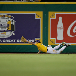05 June 2009:  LSU center fielder Mikie Mahtook (8) drives to make a catch during a 12-9 victory by the LSU Tigers over the Rice Owls in game one of the NCAA baseball College World Series, Super Regional played at Alex Box Stadium in Baton Rouge, Louisiana.