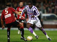 Fotball<br /> Frankrike<br /> Foto: DPPI/Digitalsport<br /> NORWAY ONLY<br /> <br /> FOOTBALL - FRENCH CHAMPIONSHIP 2008/2009 - L1 - TOULOUSE FC v OGC NICE - 20/12/2008 - MOUSSA SISSOKO (TOU) / CEDRIC KANTE (NI)